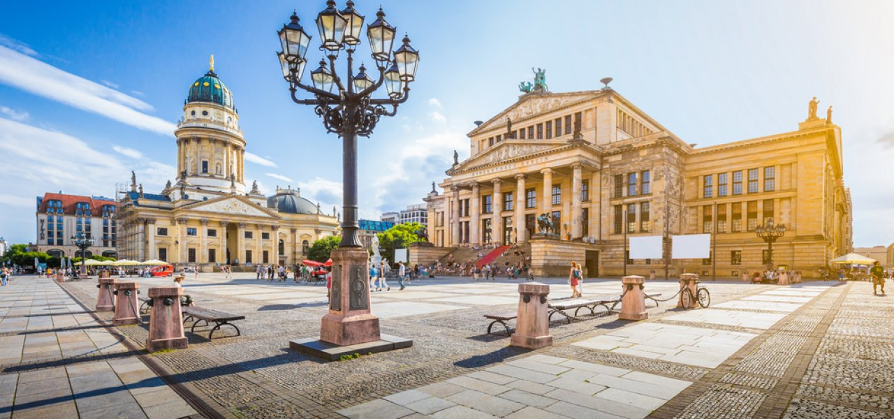 gendarmenmarkt-square-with-berlin-concert-hall-and-german-cathedral